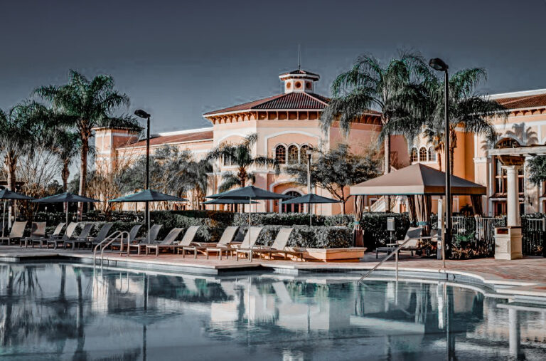 The pool at Rosen Shingle Creek is inviting and alluring
