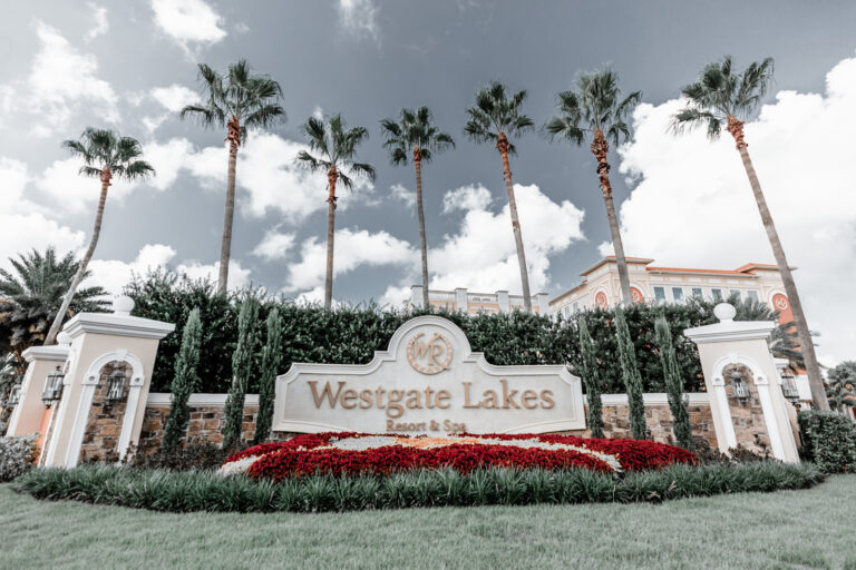 Westgate Lakes is perfect for the 50th anniversary Disney celebration in Orlando Florida