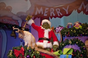 02_grinchmas_wholiday_spectacular_8col